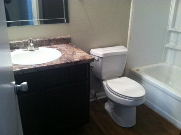 Kleine Waskom Toilet : East school ave waskom tx bedroom bathroom